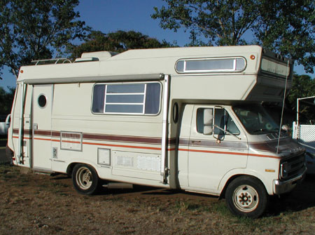 1977 Dodge Sportsman Motorhome http://www.americanclipperownersclub.com/classifieds/clippers_forsale.htm.old.html